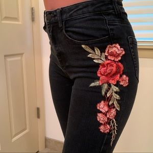 Forever 21 high waisted jeans size 28